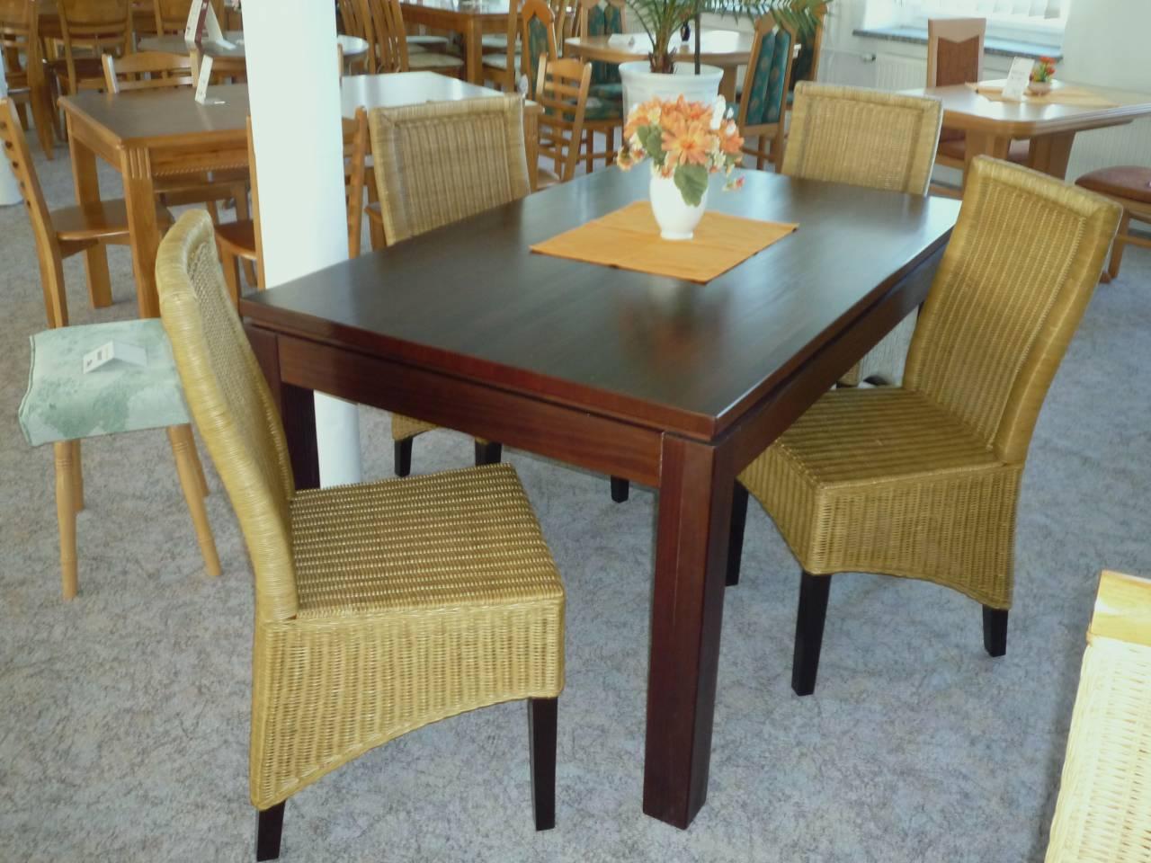 robuster esstisch interior design und m bel ideen. Black Bedroom Furniture Sets. Home Design Ideas