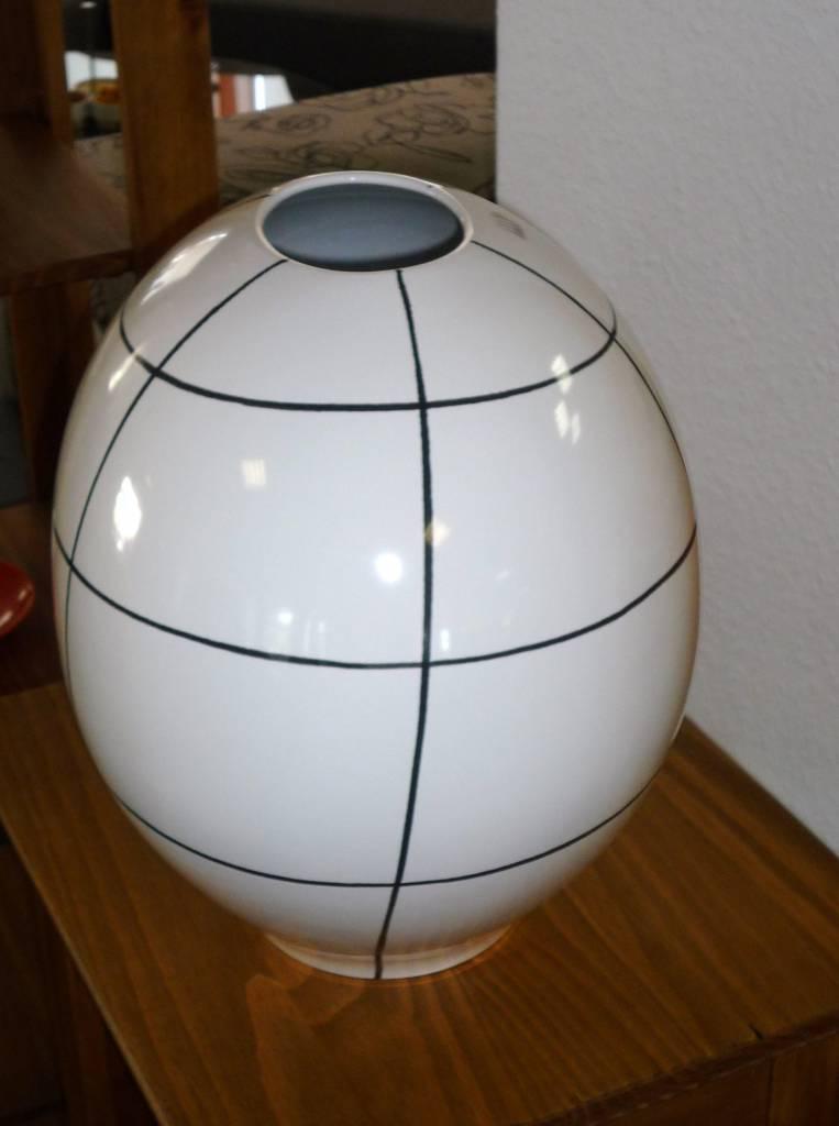 vase schwarz weiss karo polstermueller aus burgst dt